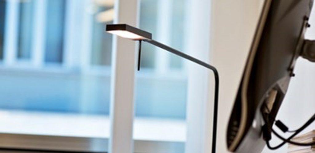 As the winner of numerous international awards for design and functionality, Ninety combines energy-efficiency with asymmetric light distribution.